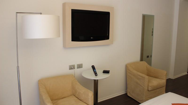 Tv im Hotelzimmer Laguna Palace Grado